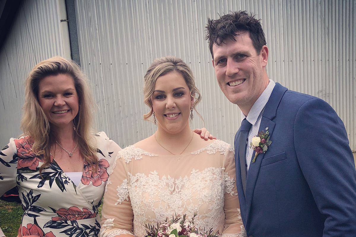 Julie Byrne - Our Country Heart Wedding Celebrant - Kristy & Zac's Wedding with Julie