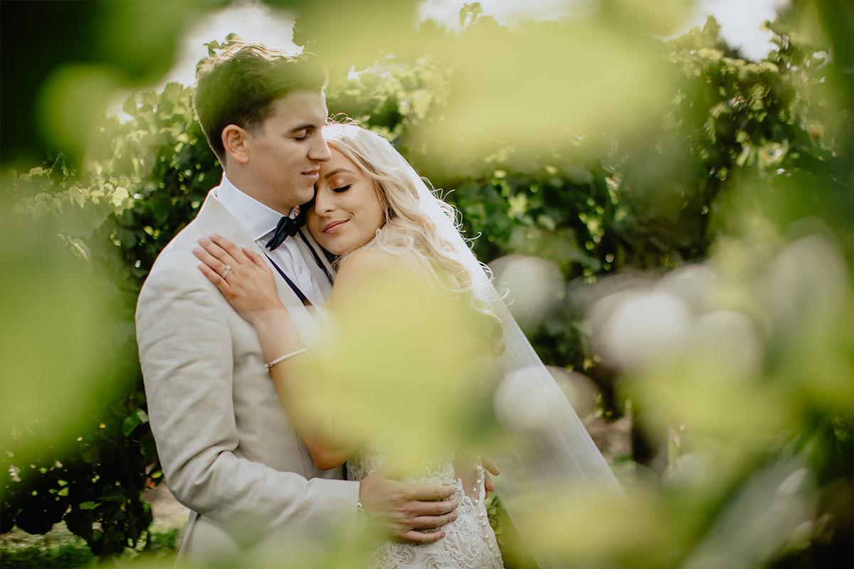 Julie Byrne Wedding Celebrant - Beach Wedding Celebrant Melbourne - Melanie & Jarryd
